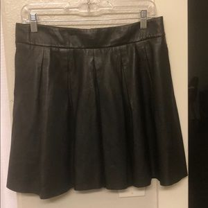 Banana Republic Pleated Leather Skirt